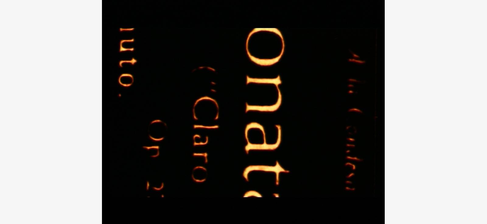 Antoni-Pinent-film-Música-visual-en-vertical-experimental-cameraòe